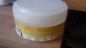 MRS MILLIS Mango and Shea Conditioning Butter