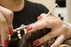 Haidressers recommend a hair cut every eight weeks